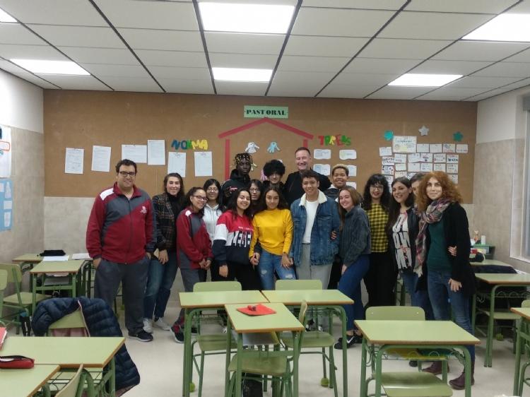Pedro Aguado visita CACE CityCentro en Vallecas