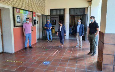 La Alcaldesa de Puertollano, Isabel Rodríguez, visita el colegio salesiano