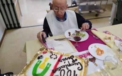 El Salesiano Sacerdote, don Jesús Morán González ha cumplido 100 años ¡Felicidades!