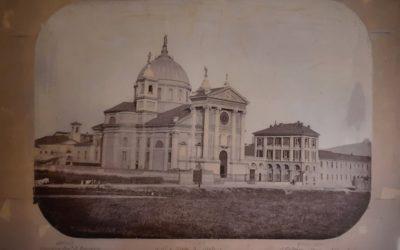 Foto con Historia: Basílica de María Auxiliadora